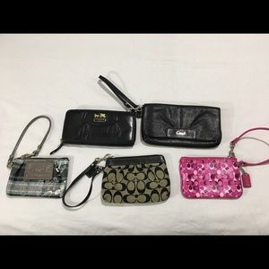 5x COACH WALLETS/WRISTLETS! In very good condition